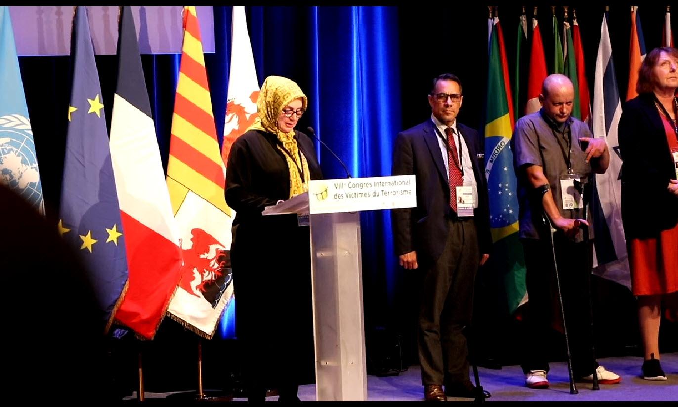 در هشتمین کنگره بین المللی قربانیان ترور:اعتراض قربانیان ترور ایران به حضور تروریستها در بستر پناهندگی در کشور فرانسه