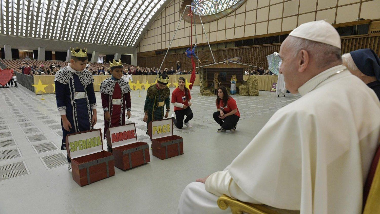 پاپ فرانسیس به کودکان گفت که امید، عشق و صلح را پرورش دهند